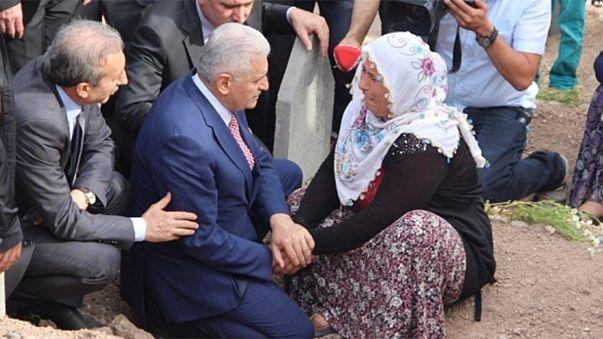 Türkiye yeni başbakanı tartışıyor