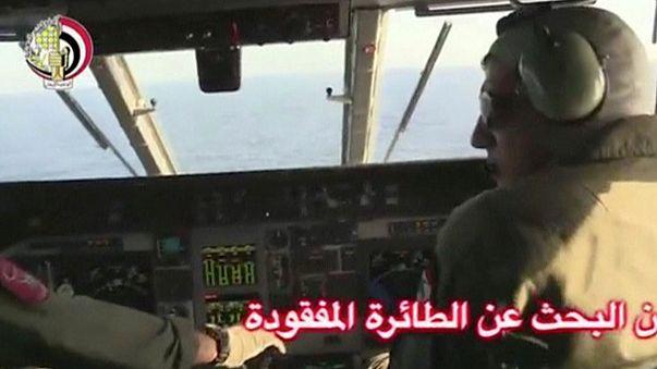 L'armée égyptienne retrouve des débris de l'avion d'Egyptair