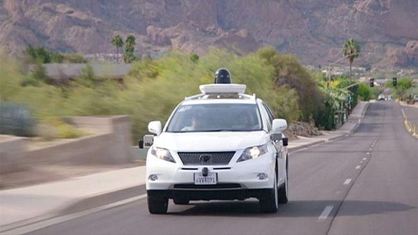 """سيارات ذاتية القيادة لتطبيق """"أوبر """""""