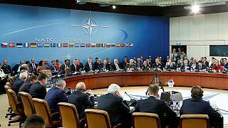 La OTAN llevará a cabo medidas disuasorias pero a la vez aboga por el diálogo con Rusia