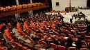 El parlamento turco aprueba una ley que permite procesar a los diputados kurdos