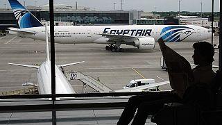 تحطم الطائرة المصرية يطرح تساؤلات حول أمن المطارات