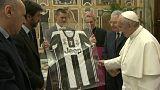 Il Papa: ai calciatori: siate esempi morali