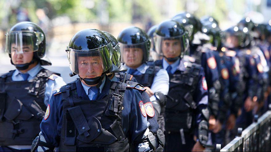 """Казахстан: массовые задержания на митингах, которых """"не было"""""""