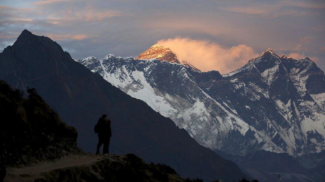 Dutch climber dies on Everest descent