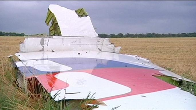 عائلات ضحايا الطائرة الماليزية المتحطمة شرق أوكرانيا تطالب موسكو بتعويضات مالية