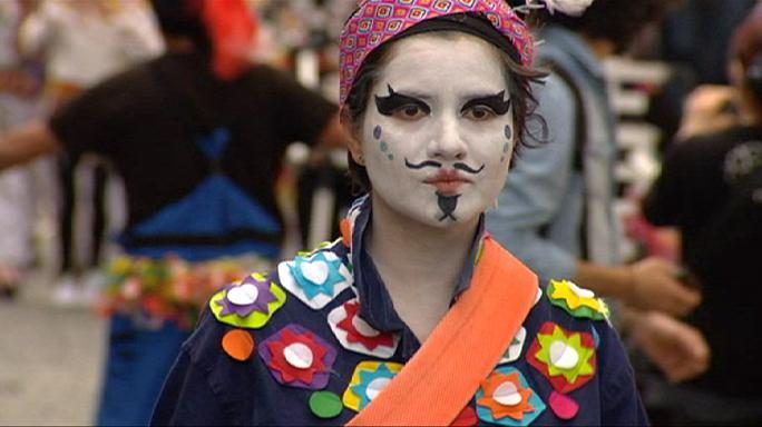 Bruxelas: desfile de rua Zinneke marca virar de página