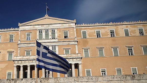 Ελλάδα: Παραιτήθηκε από βουλευτής η Βασιλική Κατριβάνου - Είχε καταψηφίσει «κόφτη» και «υπερταμείο»