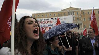 Grécia vota novas medidas de austeridade