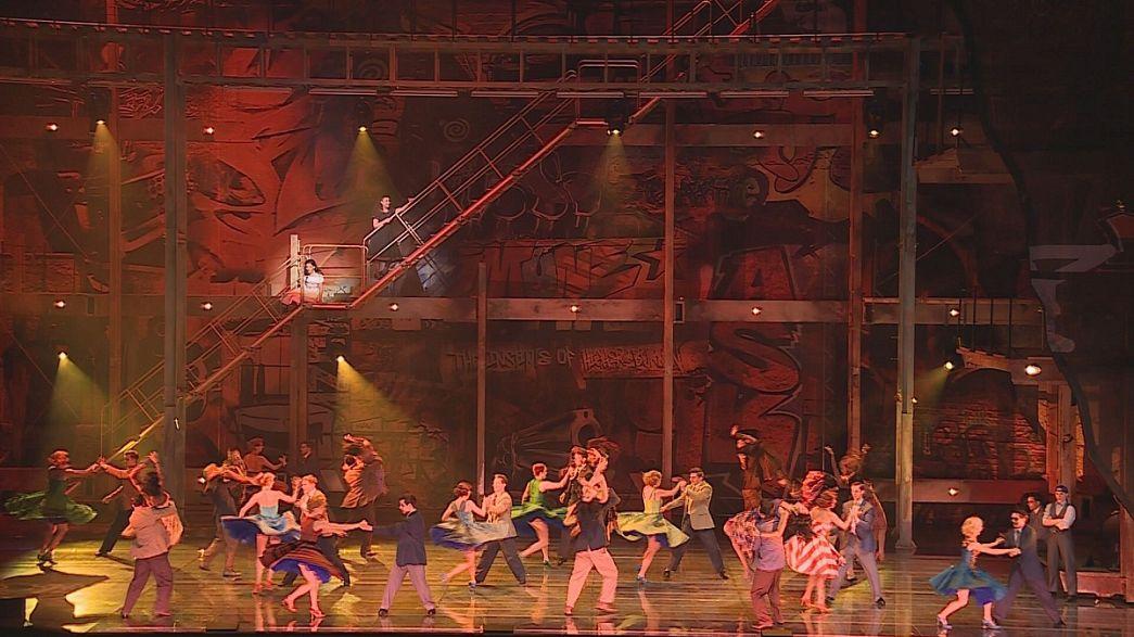 Günümüzün Romeo ve Juliet'i, Salzburg'da West Side Story ile hayat buluyor