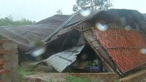 Tödlicher Zyklon erreicht die Küste von Bangladesh