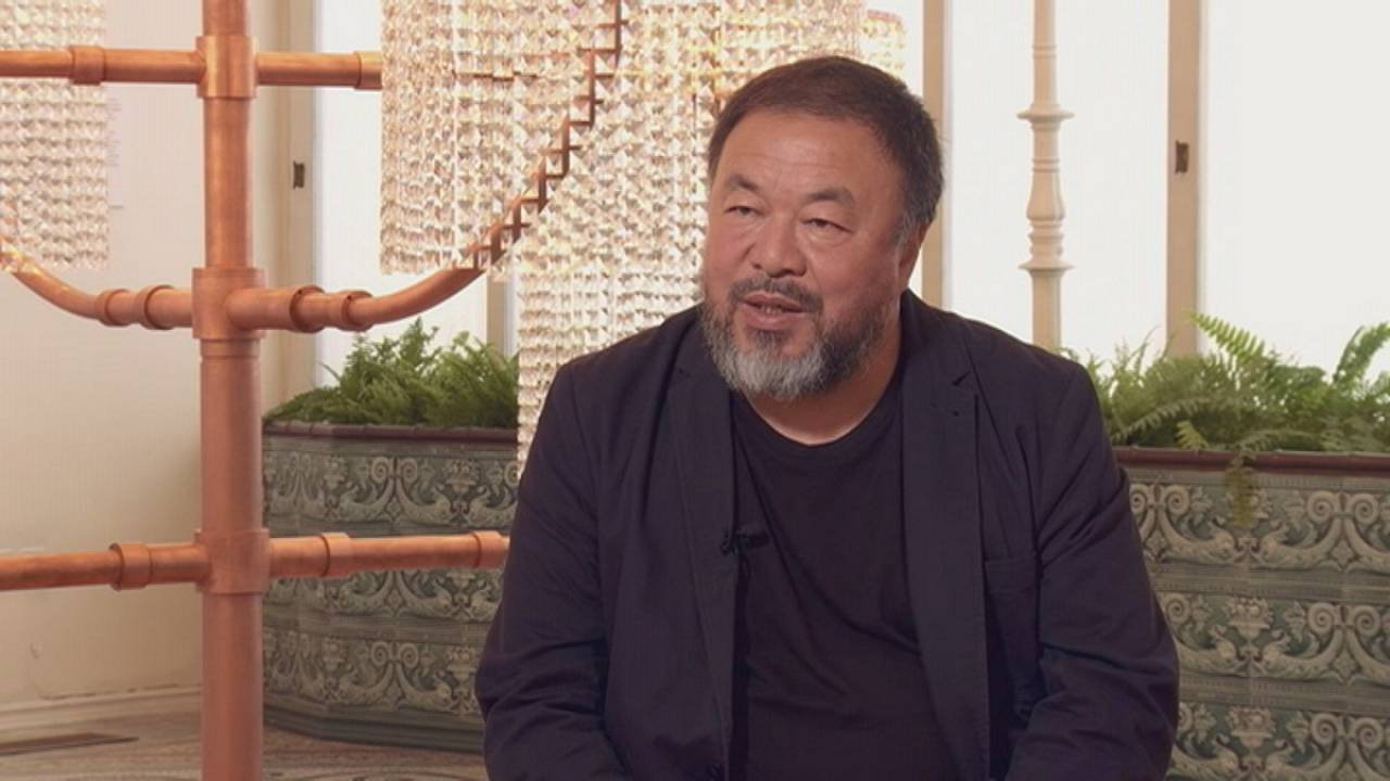 Ο Ai Weiwei μιλά στο Euronews για την έκθεσή του στην Αθήνα