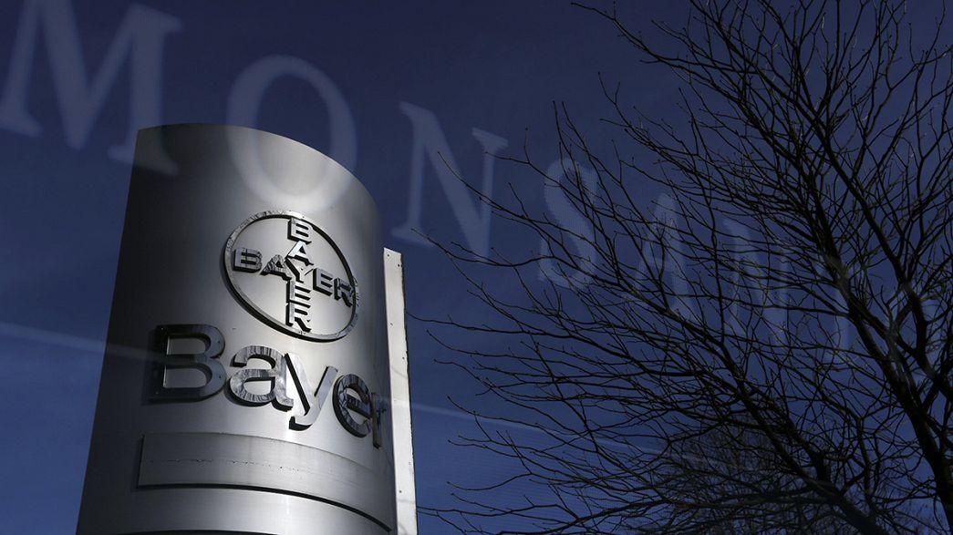 Bayer offre 62 mld dollari per Monsanto, ma gli azionisti sono critici
