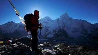 Au moins trois alpinistes meurent sur l'Everest