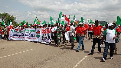 Nigeria : les syndicats de travailleurs mettent fin à la grève
