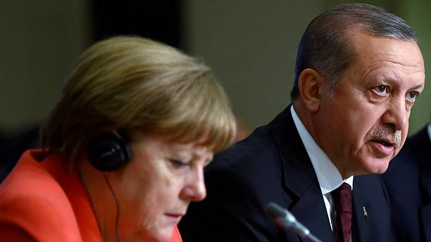 Germany's Merkel tells Turkey to meet all terms for visa-free travel