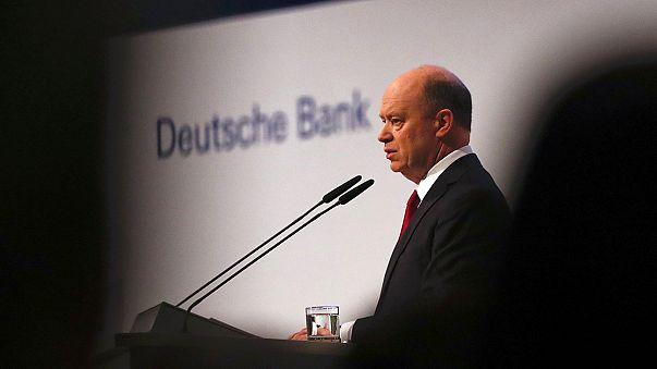Leminősítés és csalások a Deutsche Banknál