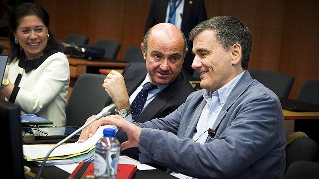 مجموعة اليورو تدرس مسألة منح اليونان قروضا بقيمة أحد عشر مليار يورو