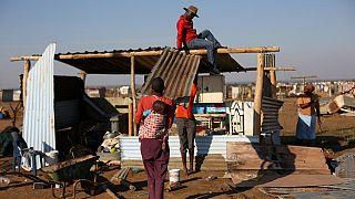 Afrique du Sud : violentes émeutes lors de la destruction des constructions illégales