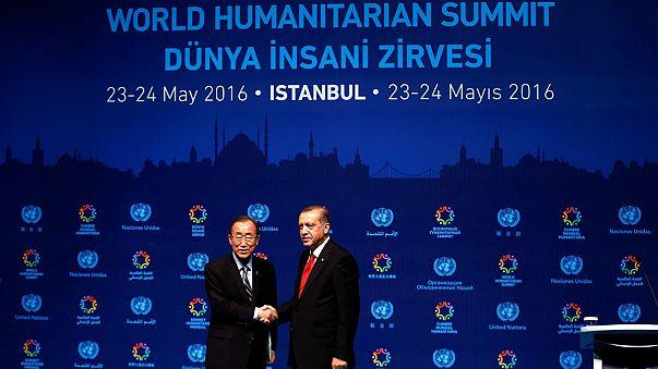 مؤتمر قمة العمل الإنساني في إسطنبول تنتهي دون نتائج في مستوى التحديات