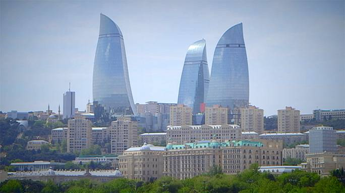 Bakü'nün alamet-i farikası: Alev Kuleleri