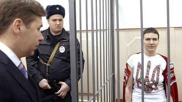 Ucrânia pretende trocar dois presos russos por piloto detida na Rússia