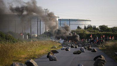 Streiks und Proteste drohen Frankreich lahmzulegen