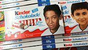 Allemagne: controverse sur fond de racisme autour des barres chocolatées Kinder