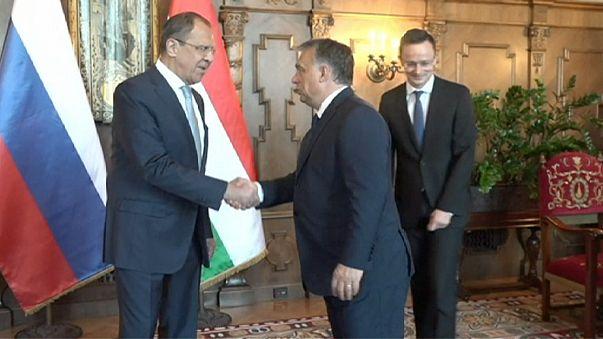 Lavrov: AB ile olumsuzlukları aşmak mümkün