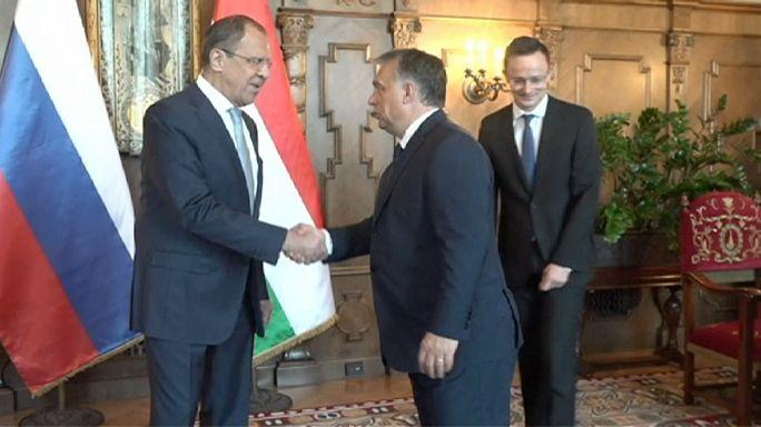 Orbánnal és Szijjártóval egyeztetett Lavrov Budapesten