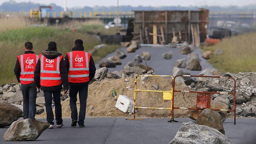 Francia: contro la riforma del Lavoro si fermano anche le centrali nucleari