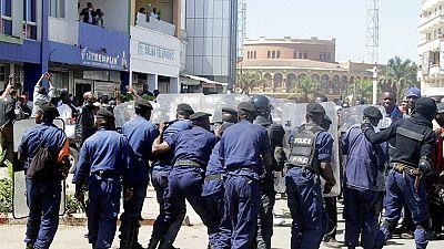 RD Congo : violentes manifestations, une policière et un manifestant tués
