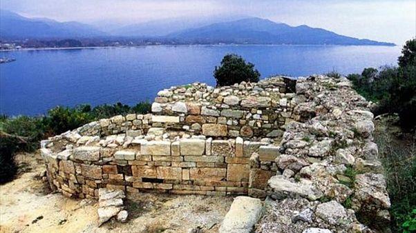 Βρήκαν στα Στάγειρα τον τάφο του Αριστοτέλη!