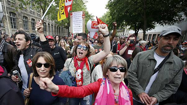 """""""Devrimci Fransa"""" grev geleneğine sadakatini sürdürüyor"""