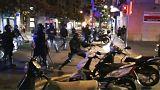 اشتباكات بين شرطة برشلونة ومحتجين تُخلف العديد من المصابين