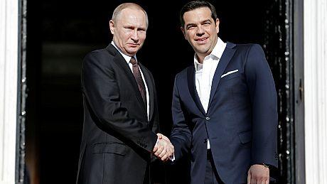 Μηνύματα Πούτιν με πολλούς αποδέκτες από την Αθήνα
