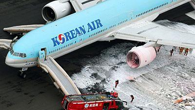 Korean Air evacuates passengers due to engine fire