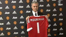Mourinho ready to manage 'giants' Manchester United