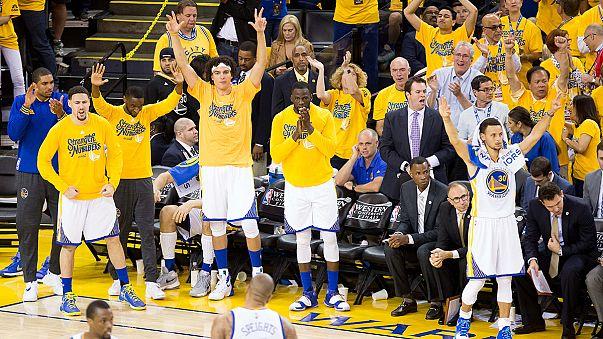 Los Golden State Warriors se salvan de la eliminación de las finales de Conferencia Oeste
