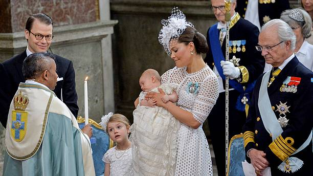 Sweden Prince Oscar christened in heirloom gown