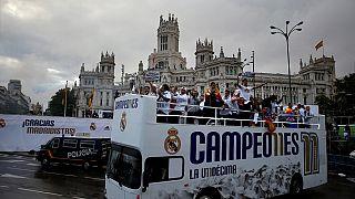 Le Real de retour à Madrid avec le trophée