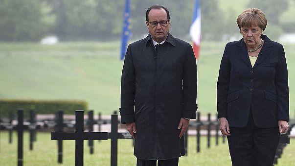Verdunra emlékezik Merkel és Hollande