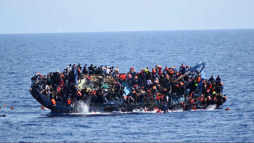 Mindestens 700 Migranten im Mittelmeer umgekommen