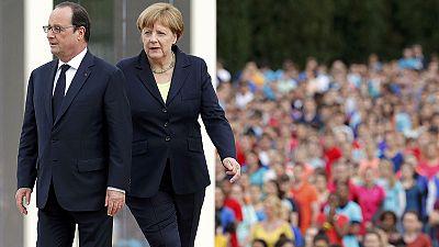 Merkel et Hollande appellent à défendre l'Europe à l'occasion du centenaire de Verdun