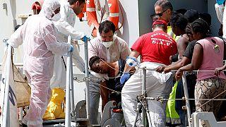 Three shipwrecks last week killed up to 700 migrants - UN