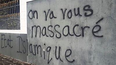 L'ambassade de France à Port-Louis attaquée par des islamistes