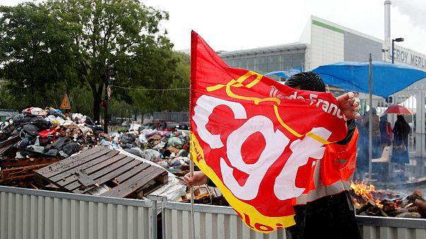 بررسی علل و پیامدهای اعتصابهای گسترده در فرانسه