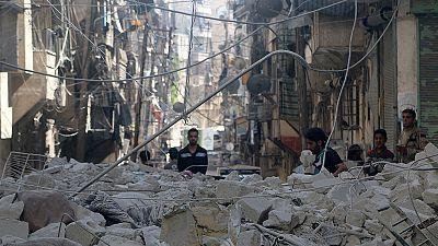 ارتش سوریه بمباران حلب را از سرگرفت