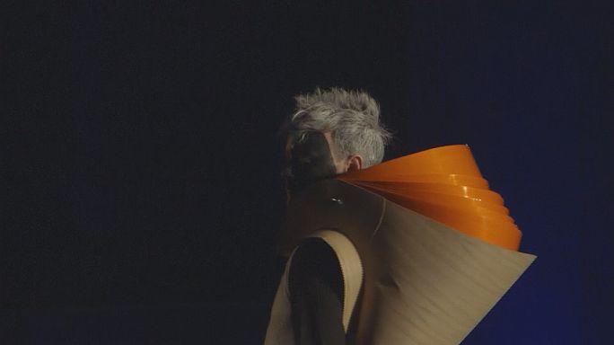 Űrséta a kifutón - orbitális divatbemutató