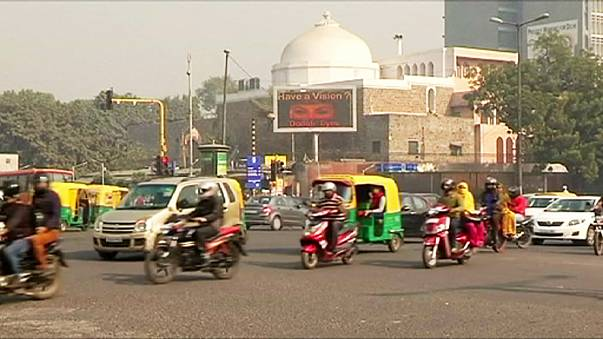 India pulls ahead as world's fastest growing large economy